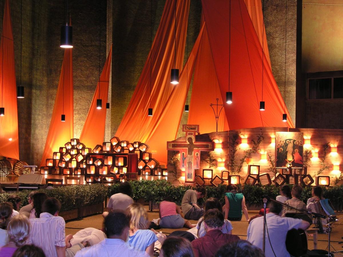 Taizéviering in de St. Remigiuskerk in Duiven