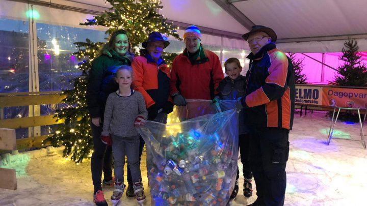 Statiegeld voor ingeleverde blikjes en plastic flesjes bij de GaBa ijsbaan in Duiven