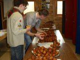 Scouting Duiven gaat weer ouderwets lekkere oliebollen bakken