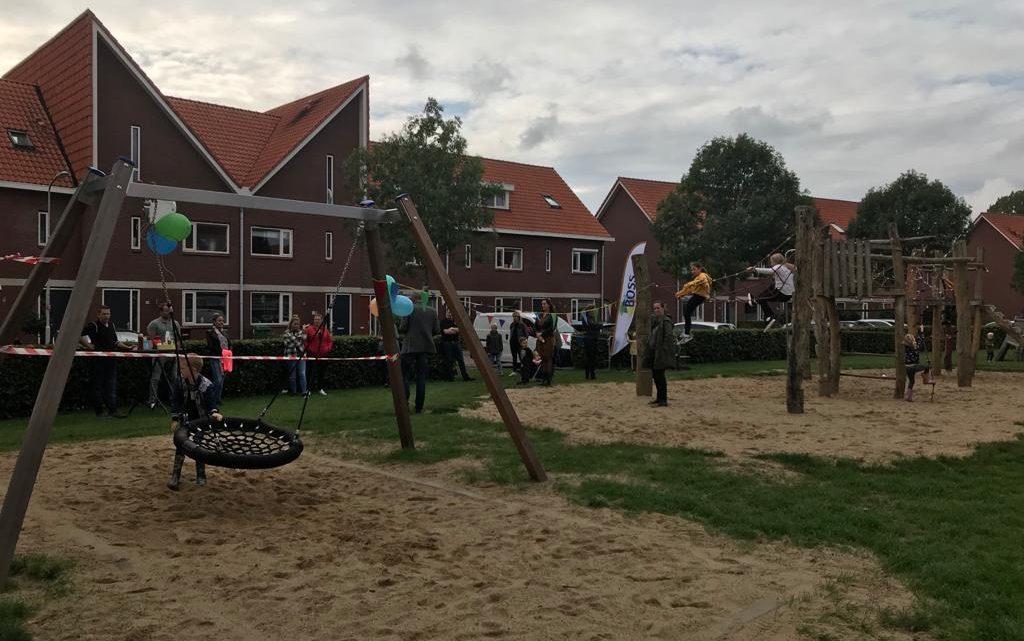 Speeltuinlocaties aan de Vriesschestraat en Prins Bernhardstraat in Duiven geopend!