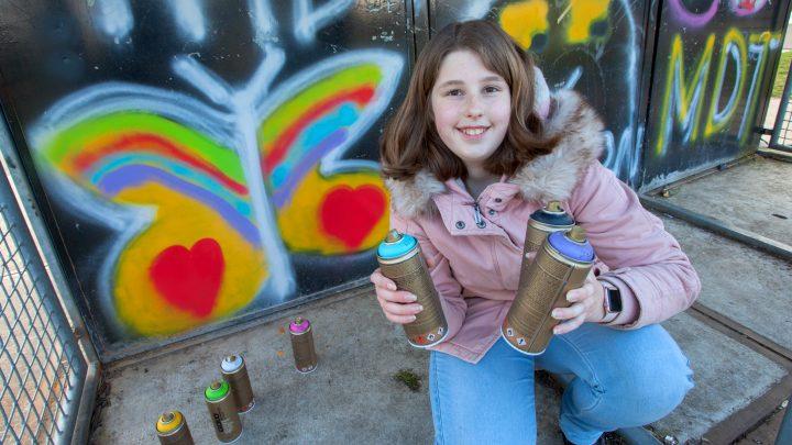 Workshop graffiti spuiten bij jongerencentrum Creon