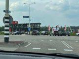 Verkeerschaos bij nieuwe KFC in Duiven